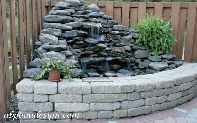 انواع آبنما صخره ای و باغی