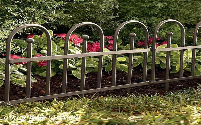 طراحی لبه باغچه با نرده|آبگون دیزاین