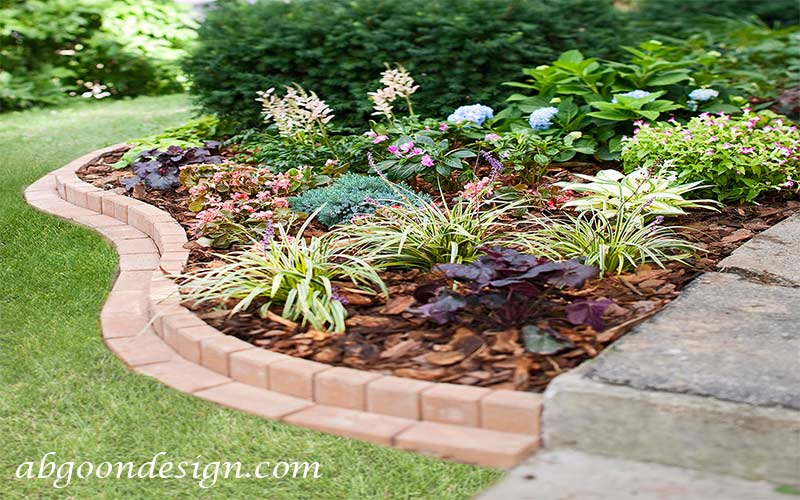 طراحی لبه باغچه با آجر